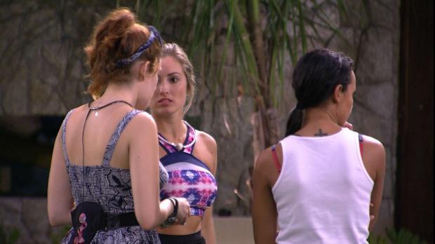 Boletim BBB: medo do paredão e briga até por laranjas movimentam a casa TV Globo / Reprodução/Reprodução