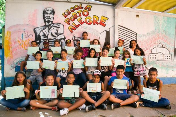 Alunos da escola Porto Alegre revelam os desejos para o futuro da cidade Andréa Graiz/Agencia RBS