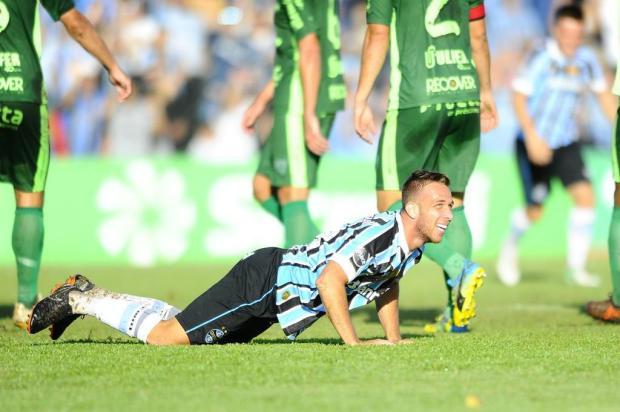 """Luciano Périco: """"Arthur fez a diferença para o Grêmio em Santa Cruz do Sul"""" Lauro Alves/Agencia RBS"""