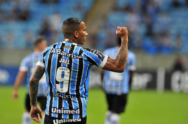 """Cacalo: """"Jael é um goleador que não se entrega jamais"""" Fernando Gomes/Agencia RBS"""