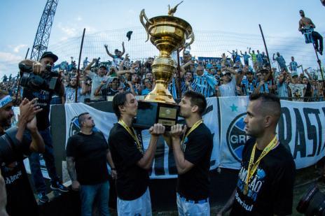 """Guerrinha: """"Segredo do Grêmio campeão é o seu coletivo"""" (Lucas Uebel / Grêmio/ Divulgação/Grêmio/ Divulgação)"""