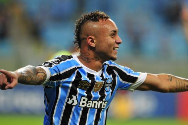 """Cacalo: """"Agora, querem vender Everton a todo o custo"""" Fernando Gomes/Agencia RBS"""