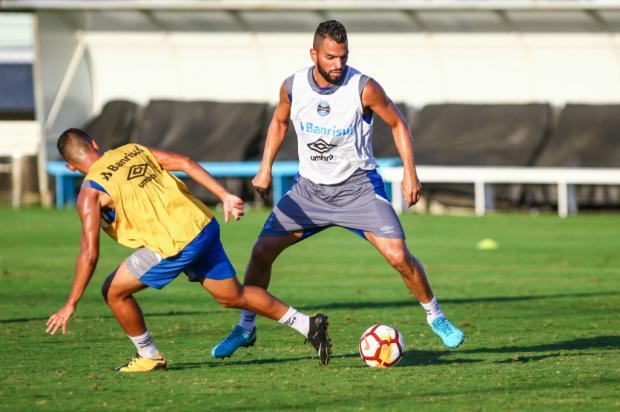 """Guerrinha: """"Grêmio precisa ser inteligente"""" Lucas Uebel / Grêmio/Divulgação/Grêmio/Divulgação"""