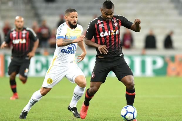 """Luciano Périco: """"Cuidado com o Furacão"""" Miguel Locatelli / Atlético-PR/Divulgação/Atlético-PR/Divulgação"""