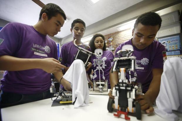 Escola da Vila Mapa, na periferia de Porto Alegre, representará o Brasil em competição de robótica no Canadá André Ávila/Agencia RBS