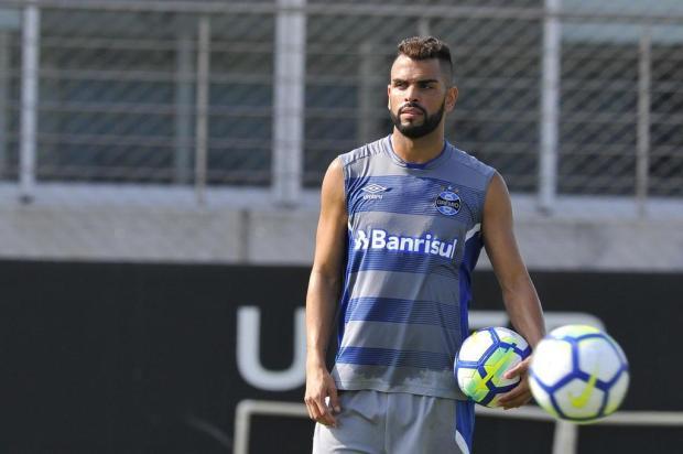 """Luciano Périco: """"Misto quente no Serra Dourada"""" Fernando Gomes/Agencia RBS"""