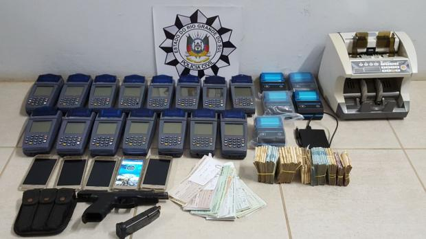 Polícia encontra R$ 100 mil sem procedência dentro de apartamento em Lajeado Divulgação / Polícia Civil/Polícia Civil