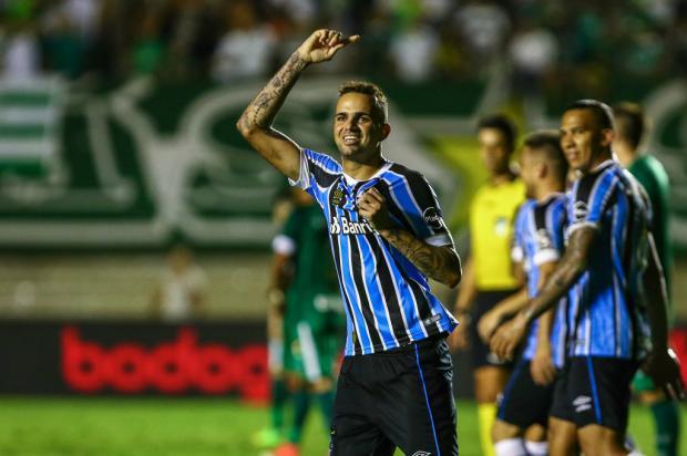 Na cola do chefe: Luan se aproxima do número de gols de Renato Portaluppi Lucas Uebel / Grêmio, Divulgação/Grêmio, Divulgação