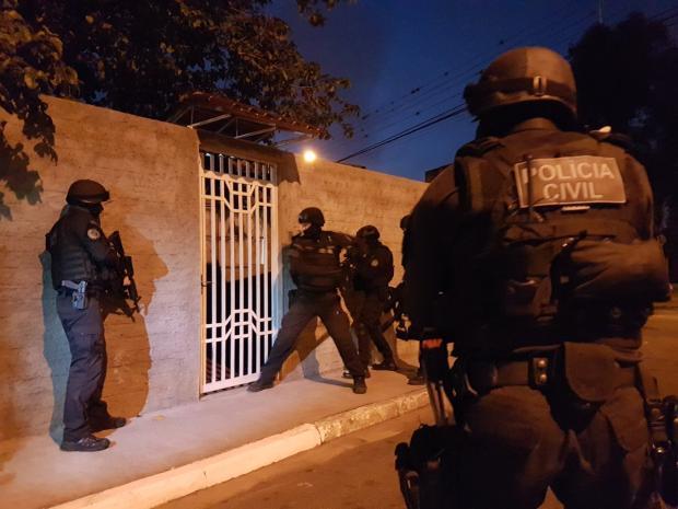 Traficantes que impunham toque de recolher a moradores de Canoas são alvo de operação policial Polícia Civil / Divulgação/Divulgação