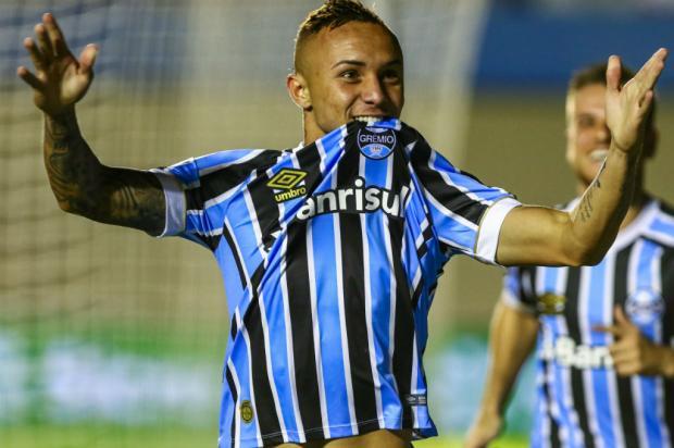 """Cacalo: """"Everton é Seleção"""" Lucas Uebel / Grêmio/Divulgação/Grêmio/Divulgação"""
