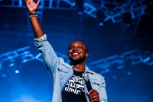 """""""Ficou mais fácil fazer música com as mídias digitais"""", diz Thiaguinho, que faz show em Porto Alegre Omar Freitas/Agencia RBS"""
