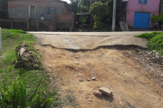 Desnível na Rua da Paz perturba vizinhos em bairro de Viamão Arquivo Pessoal / Leitor/DG/Leitor/DG