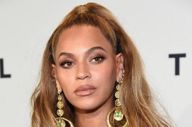 Beyoncé e Solange tiveram ajuda psicológica para aprender a lidar com a fama Reprodução/Instagram