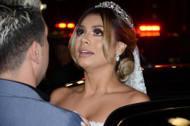 """FOTOS: veja como foi o casamento """"ostentação"""" de Lexa e MC Guimê na Catedral da Sé Eduardo Martins/AgNews"""