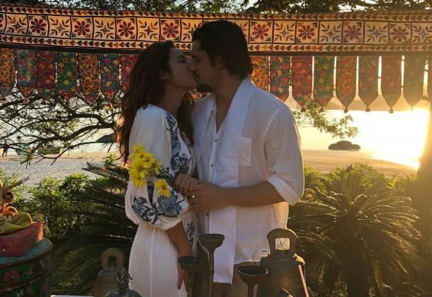 Yanna Lavigne e Bruno Gissoni se casam em cerimônia surpresa Instagram / Reprodução/Reprodução