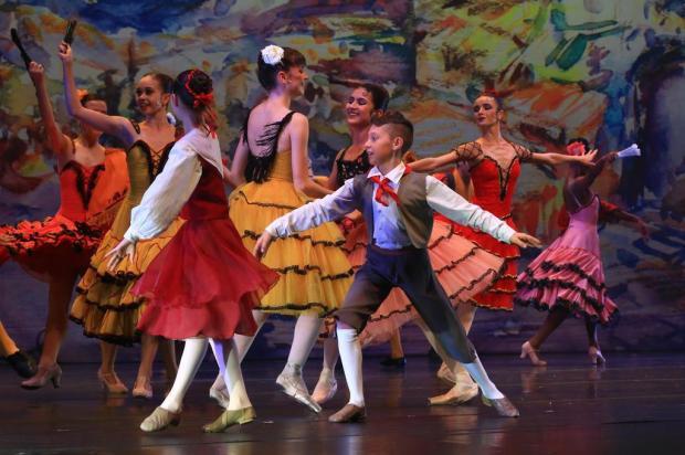 Menino Brian volta ao Estado e estreia em espetáculo da Escola do Teatro Bolshoi no Brasil Tadeu Vilani/Agencia RBS