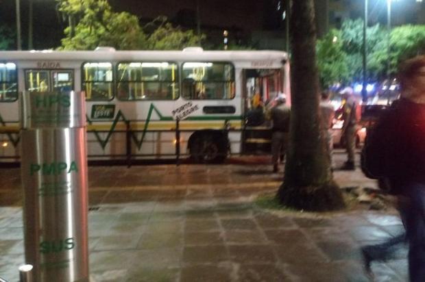 PM ferido em assalto a ônibus no Menino Deus tem bala alojada na coluna Renato Dornelles/Agencia RBS