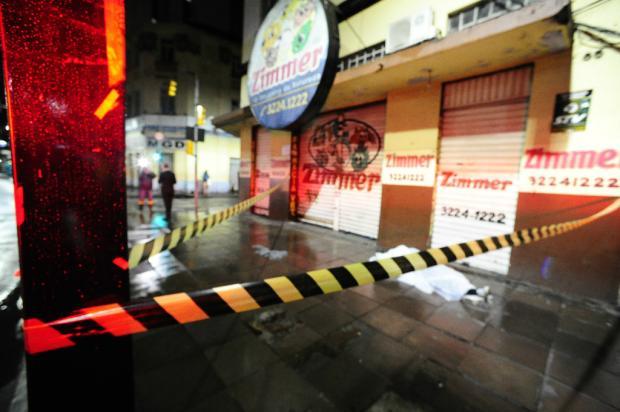 Homem é morto no Centro de Porto Alegre Ronaldo Bernardi / Agência RBS/Agência RBS