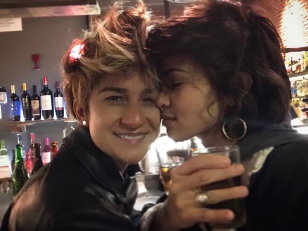 Nanda Costa posta foto com a namorada e se declara no Instagram Instagram / Reprodução/Reprodução
