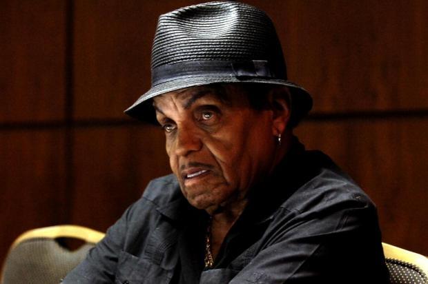 Pai de Michael Jackson é internado com câncer terminal Caio Marcelo/Agencia RBS
