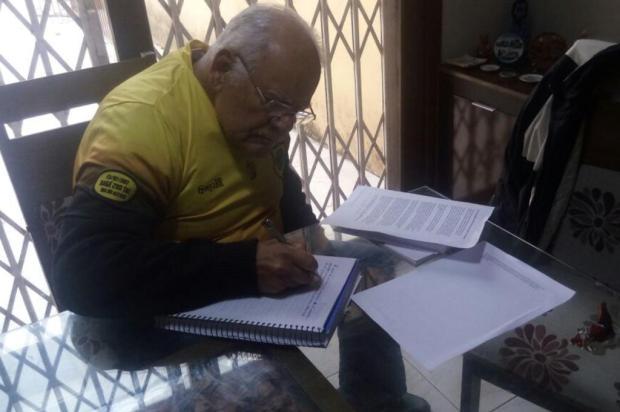 Aos 77 anos, aposentado volta à escola para superar o luto Manoel Mallet/Arquivo Pessoal