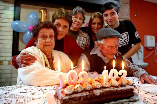Gêmeos comemoram 102 anos juntos em Porto Alegre Fernando Gomes/Agencia RBS