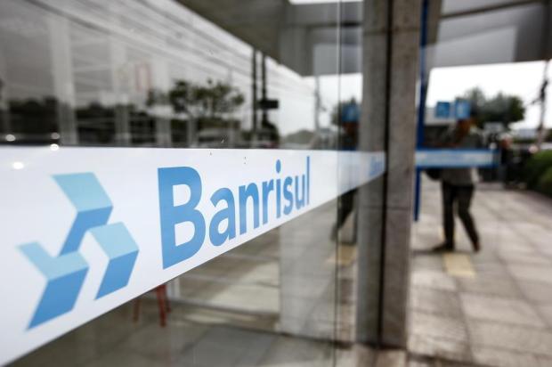 Bancos e outros serviços voltam a funcionar na quarta-feira com atendimento diferenciado; confira os horários André Ávila/Agencia RBS