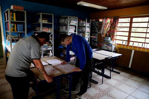 Começam as obras na rede elétrica da Escola Erico Verissimo, de Viamão Fernando Gomes/Agencia RBS