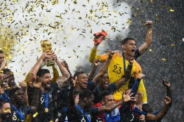 """Cléber Grabauska: """"Título foi merecido para os franceses"""" JEWEL SAMAD / AFP/AFP"""