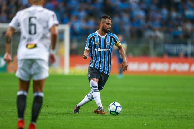 """Guerrinha: """"Renato ganha o reforço de quem tem a missão de iniciar a jogada"""" Lucas Uebel / Divulgação Grêmio/Divulgação Grêmio"""