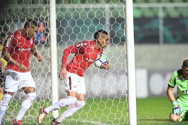 """Lelê Bortholacci: """"Ainda aposto em Jonatan Alvez"""" Ricardo Duarte/Sport Club Internacional"""