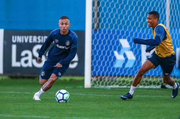 """Luciano Périco: """"Melhor notícia para Renato Portaluppi é poder contar com Everton"""" Lucas Uebel / Grêmio, Divulgação/Grêmio, Divulgação"""