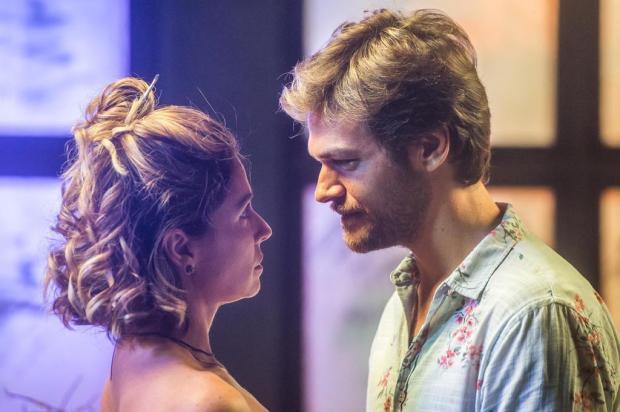 """Reviravolta em """"Segundo Sol"""": para inocentar Luzia, Beto Falcão revela que está vivo Raquel Cunha/TV Globo/Divulgação"""