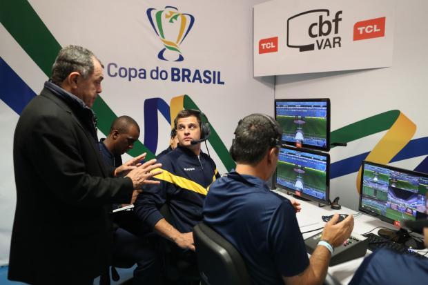 """Lelê Bortholacci: """"Seguiremos vendo erros de arbitragem para todos os lados"""" Lucas Figueiredo / CBF/CBF"""
