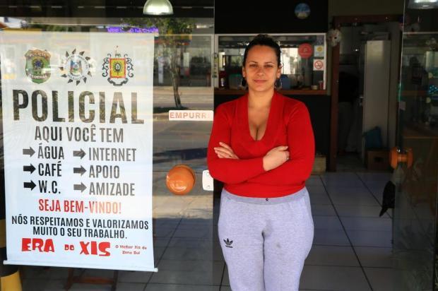 Lancheria da zona sul de Porto Alegre tem placa de boas-vindas para os policiais Tadeu Vilani/Agencia RBS