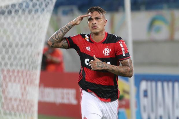 """Lelê Bortholacci: """"Contratação de Guerrero mostra que o inter quer disputar o título do Brasileirão"""" Gilvan de Souza / Flamengo, Divulgação/Flamengo, Divulgação"""