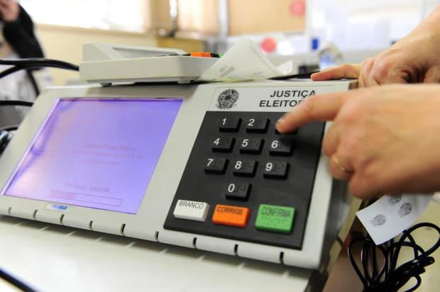 Empresa tem 900 vagas de trabalho para preparar urnas eletrônicas no RS Porthus Junior/Agencia RBS