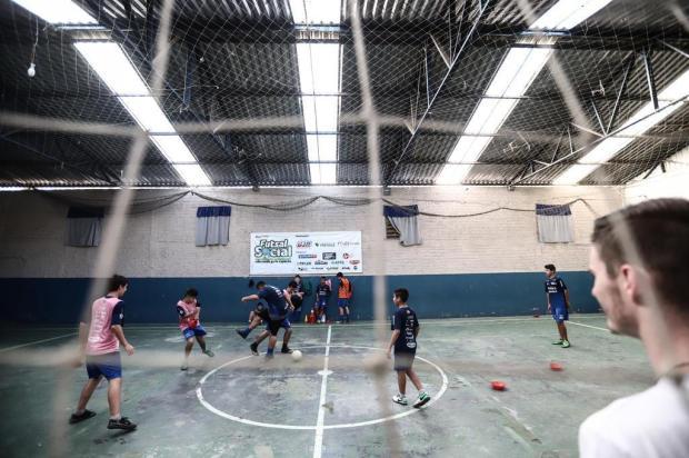 Projeto oferece aulas de futsal e novas oportunidades a 600 crianças em Novo Hamburgo Carlos Macedo/Agencia RBS