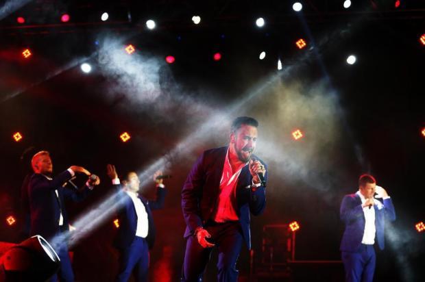 Quatorze fãs ficam feridos durante tempestade em show dos Backstreet Boys Félix Zucco/Agencia RBS