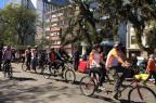 Ciclistas com deficiência visual passeiam de bike por pontos turísticos da Capital Jeniffer Gularte/Agência RBS