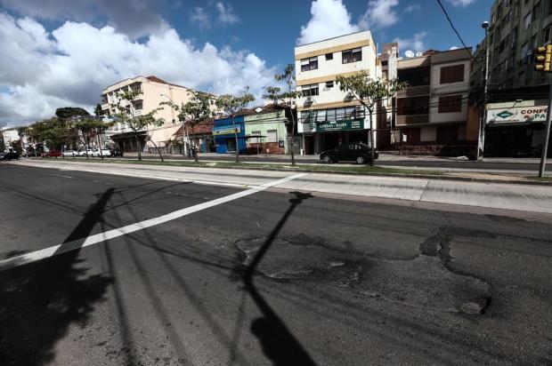 Blitz do DG volta em ruas esburacadas de Porto Alegre Carlos Macedo/Agencia RBS