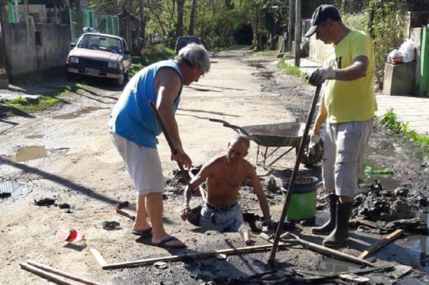 Bueiro entupido e alagamentos constantes preocupam moradores da zona sul da Capital Arquivo Pessoal / Leitor/DG/Leitor/DG