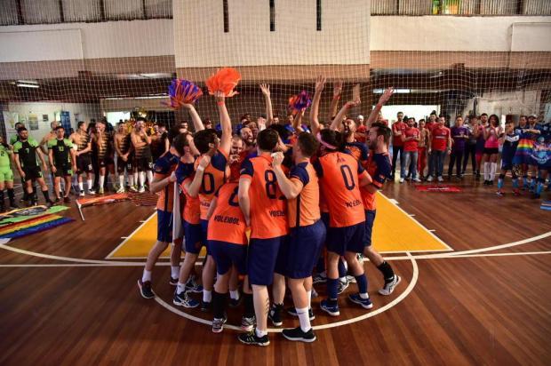 Onze equipes disputaram primeiro campeonato de vôlei LGBT+ em Porto Alegre Hiago Neuberger/Divulgação