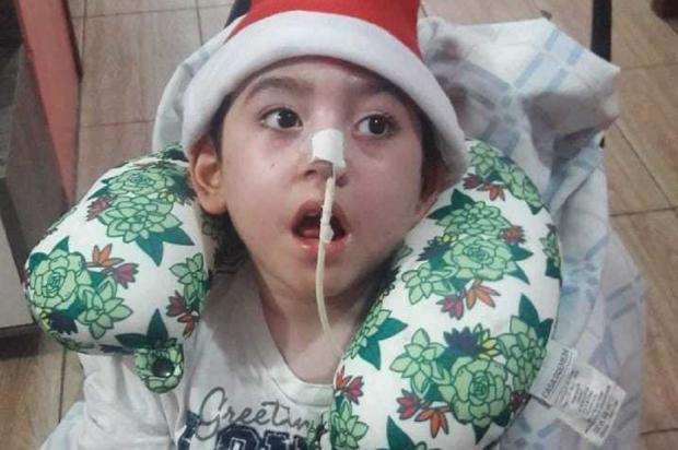 Menino de Canoas precisa de ajuda para realizar cirurgia na Tailândia Arquivo Pessoal / Leitor/DG/Leitor/DG