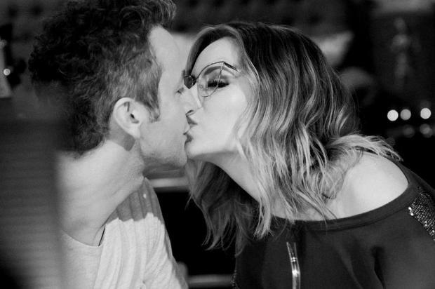 """Sandy celebra 10 anos de casamento com Lucas Lima: """"Te amo mais do que eu sabia que dava"""" Instagram/Reprodução"""
