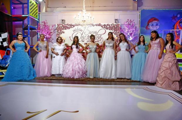 Pacientes do Instituto do Câncer Infantil têm dia de princesa em baile de debutantes Robinson Estrásulas/Agencia RBS