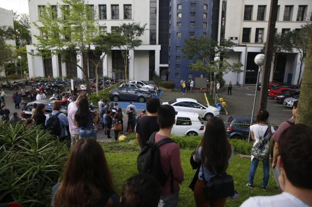 Polícia indicia PM da reserva por homicídio na PUCRS e diz que jovem estava rendido quando foi executado André Ávila/Agencia RBS