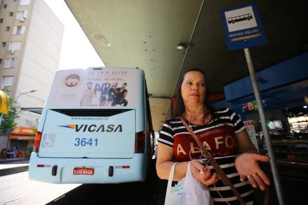 Passageiros da Vicasa reclamam das condições dos ônibus e do tempo de espera Lauro Alves/Agencia RBS