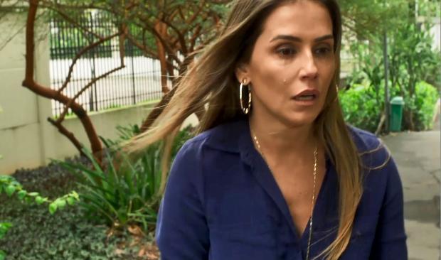 """Michele Vaz Pradella: """"Karola é uma demônia, mas Deborah Secco é massa!"""" TV Globo / Reprodução/Reprodução"""