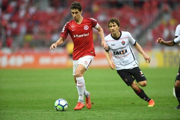 """Lelê Bortholacci: """"Perder o melhor volante do Brasileirão será um problema"""" Ricardo Duarte / Sport Club Internacional/Sport Club Internacional"""